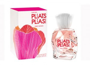 Pleats Please от Issey Miyake
